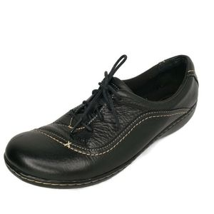 Clarks Bendables Leather Oxford Lace Up Shoes